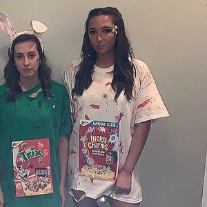 Cereal Killer Costume (Lucky Charms)